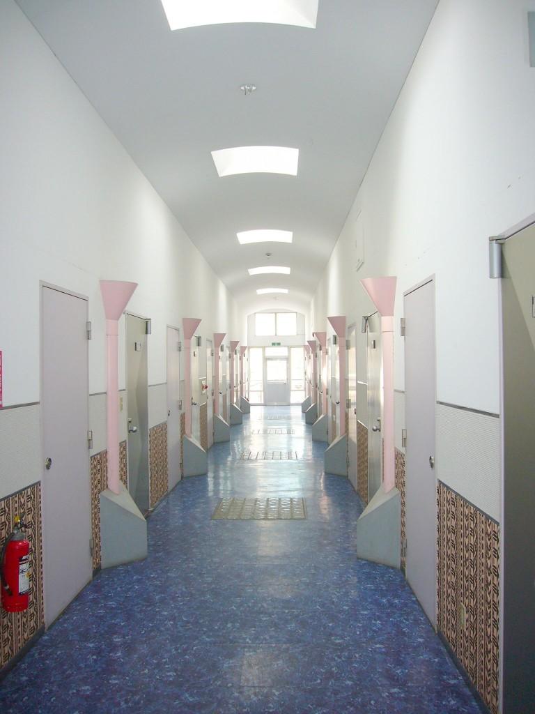 雨の日も安心・内廊下